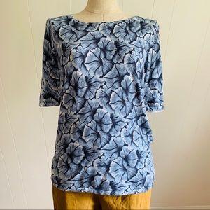 Ann Taylor blue floral top large